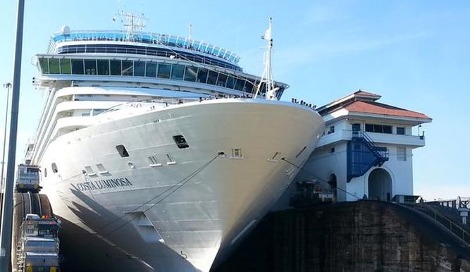 Begins the cruise season for Panama Canal
